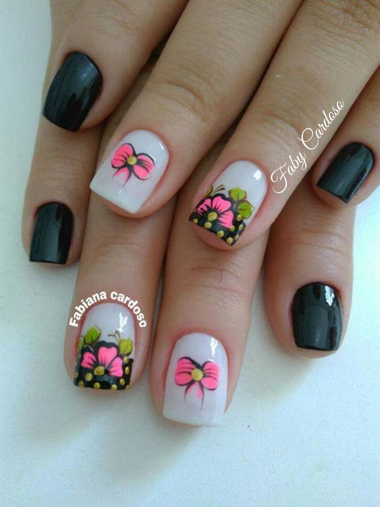 Unhas padrão floral passo a passo