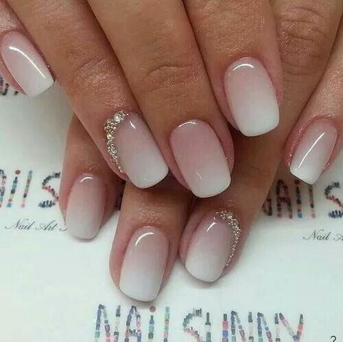 Unhas bonitas e decoradas com Strass (15)