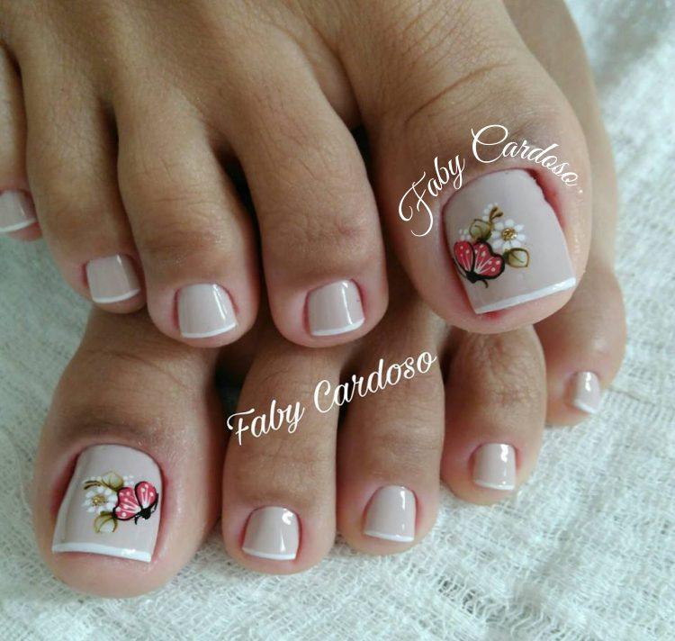unhas decoradas Para pés branco