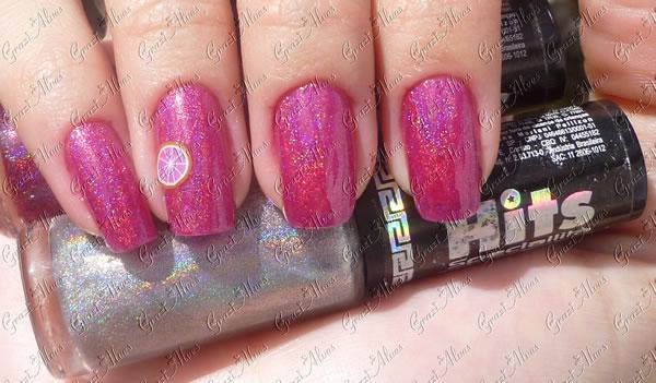 unhas com esmalte holografico rosa e fimo