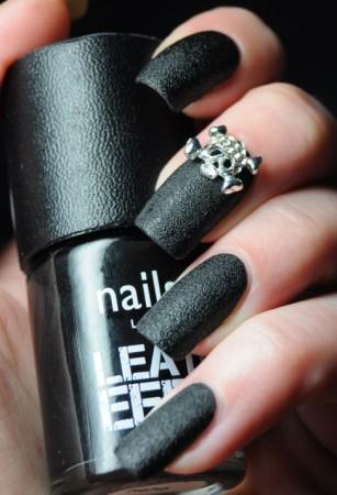 nails-inc-leather-effect-noho-1