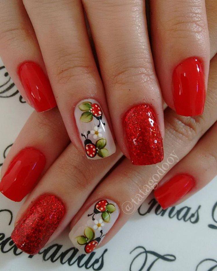 unhas decoradas Flores vermelho