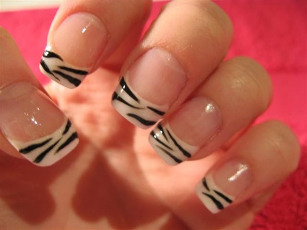 unhas-zebra-600x450.jpg