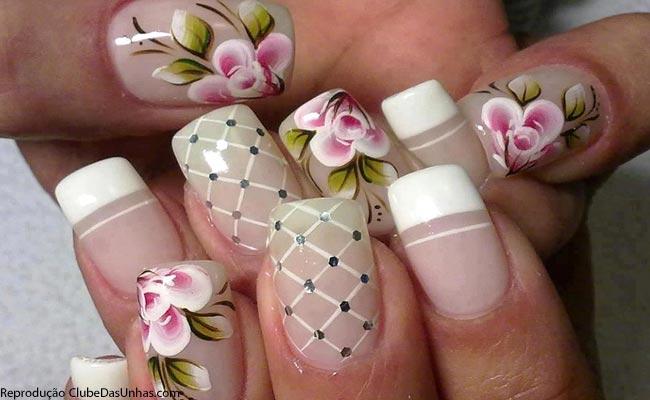 unnhas-com-flores.jpg
