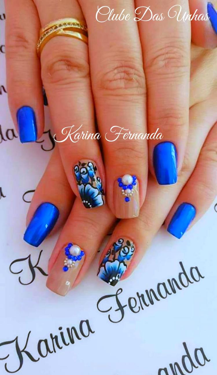 Unhas decoradas azuis Flores