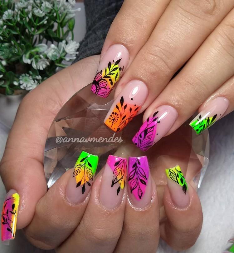 unhas decoradas coloridas