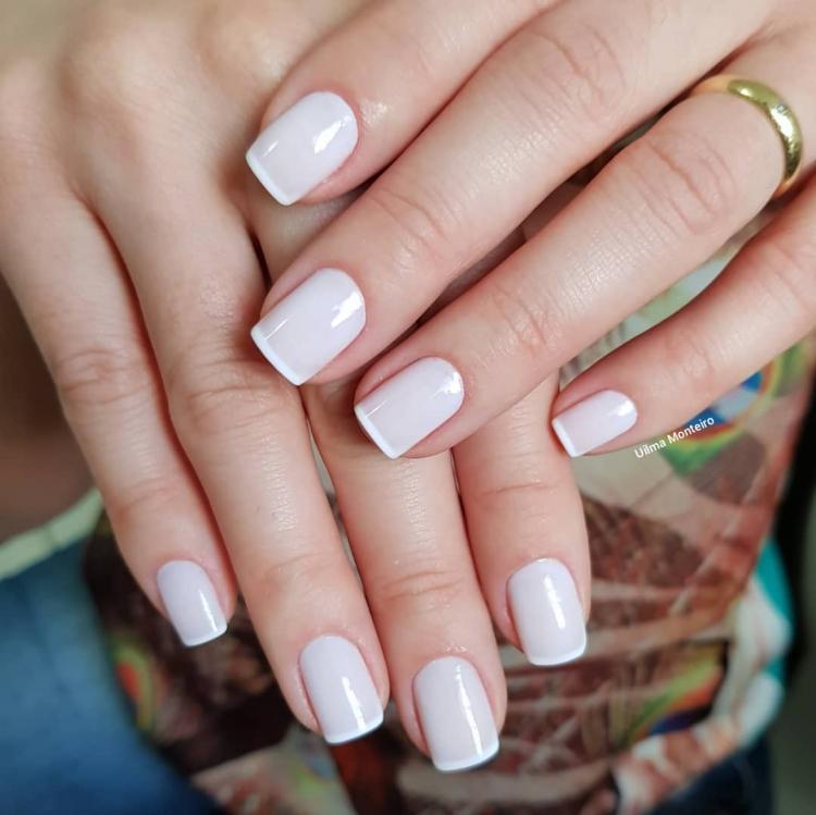 Combinações para unhas francesinhas, veja os esmaltes usados pelas manicures