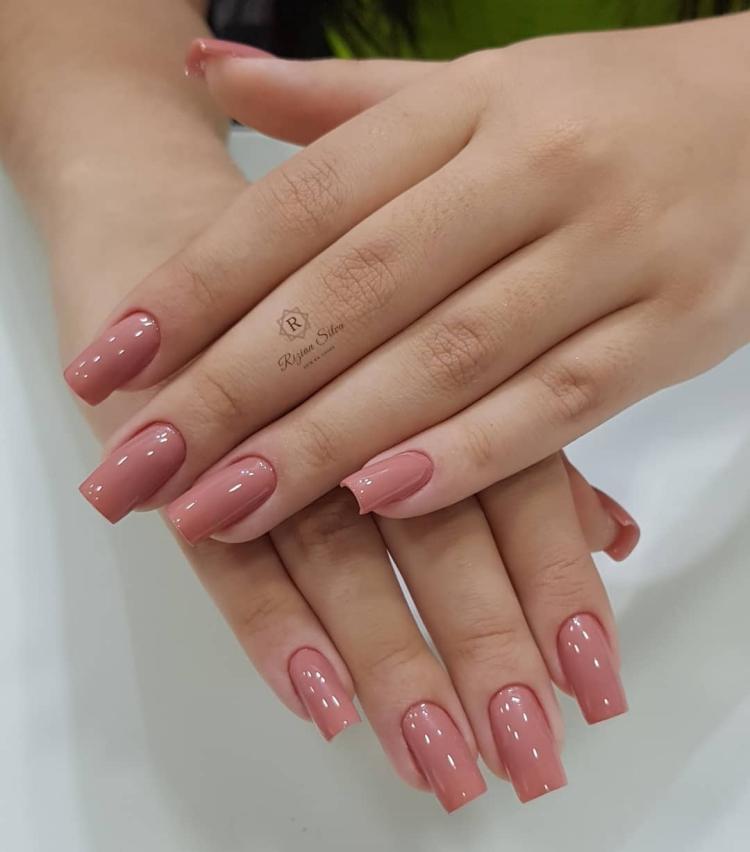 Melhores Esmaltes que toda a manicure deveria ter