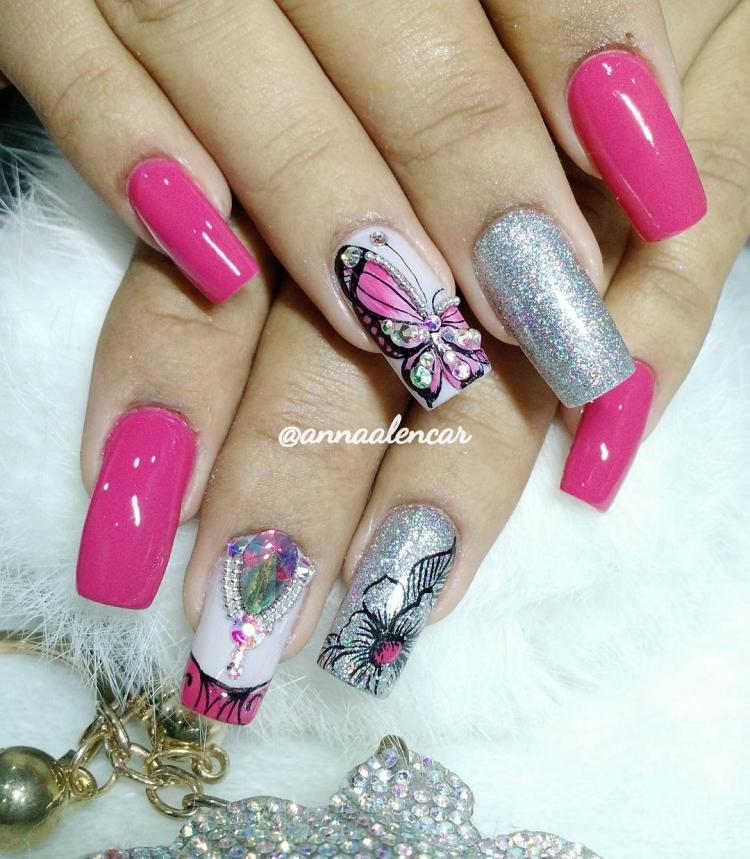 19 Modelos de unhas decoradas com esmalte rosa, veja todos20