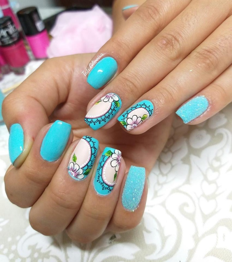 18 Fotos de Unhas decoradas com Glitter