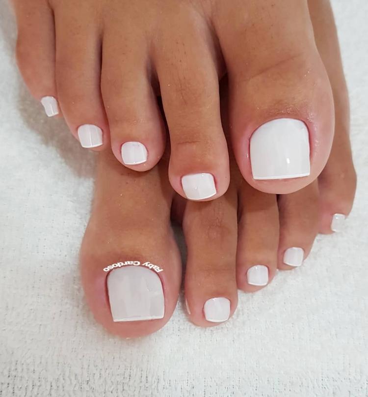 19 Combinações de unhas com esmalte branco5