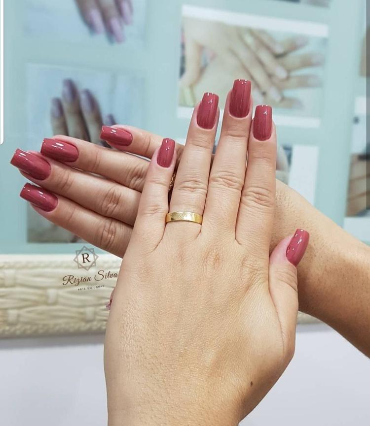 28 Melhores esmaltes que nunca pode faltar no espaço de manicure