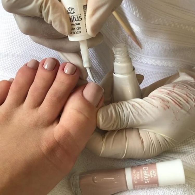 Combinações de cores para unhas dos pés