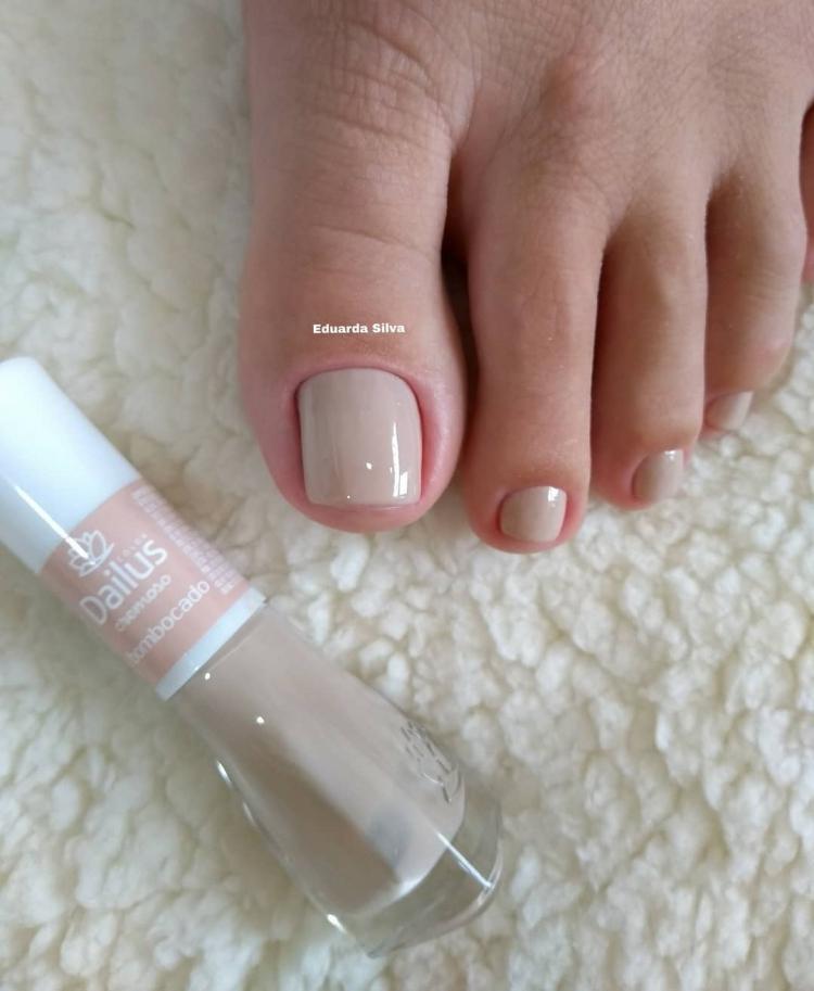 Melhores modelos de unhas dos pés que toda a manicure deveria saber decorar7