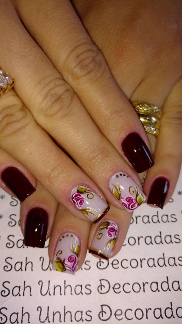 Unhas decoradas com Rosas Vintage, Arrasou