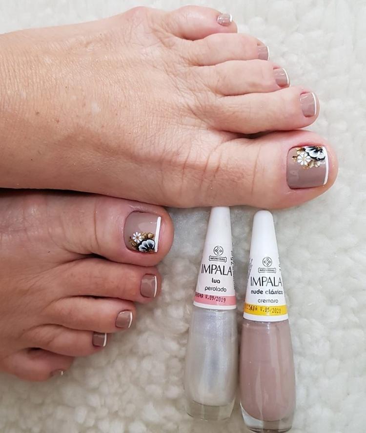 Unhas dos pés maravilhosas com esmalte nude, veja as melhores fotos19