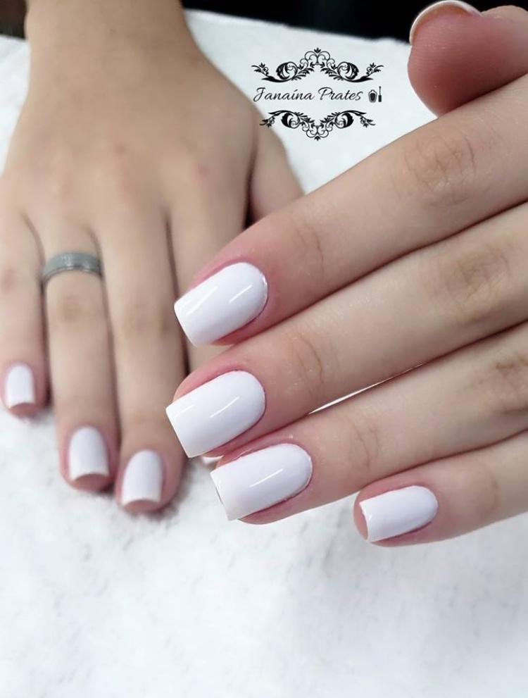 Melhores combinações de esmaltes brancos, conheça todos os esmaltes (nomes nas fotos)