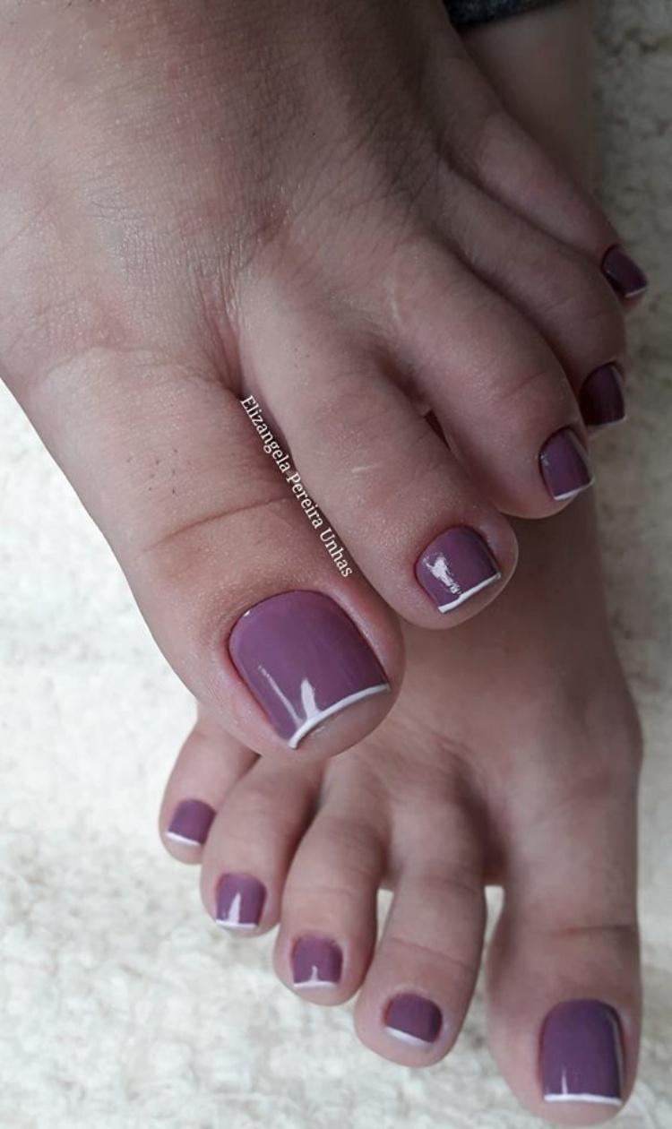 19 Fotos de unhas inglesinhas nos pés perfeitas para você se inspirar