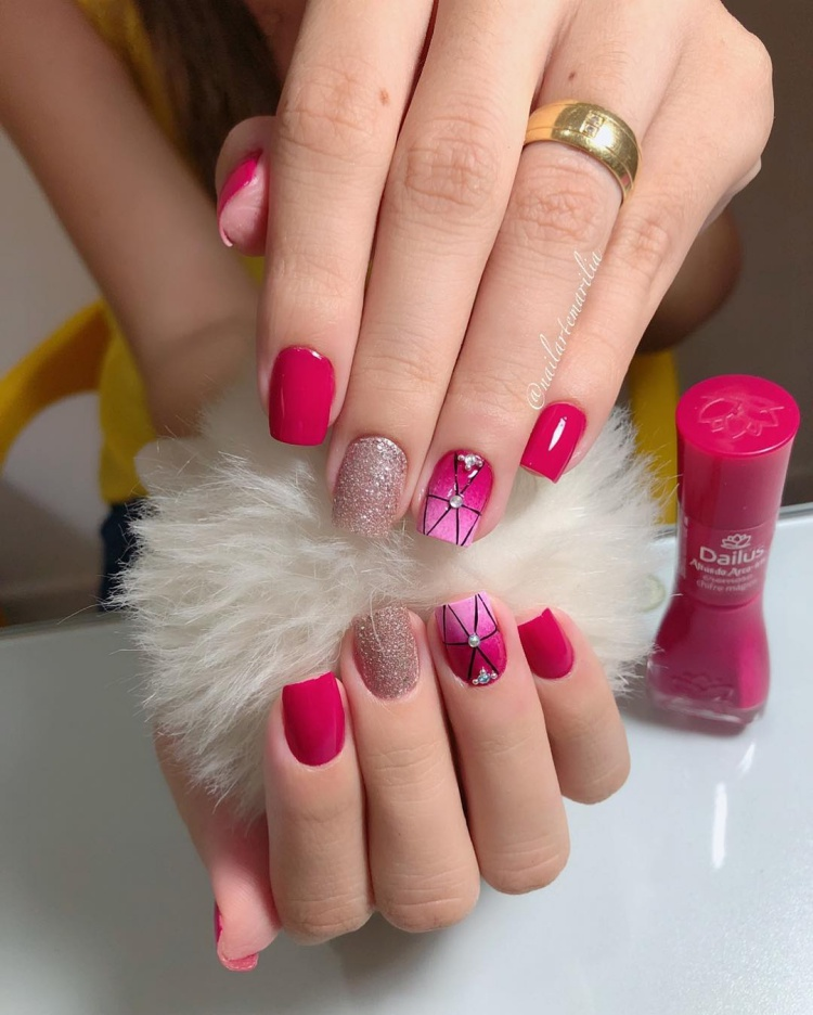 19 Ideias de unhas decoradas com glitter, modelos de unhas