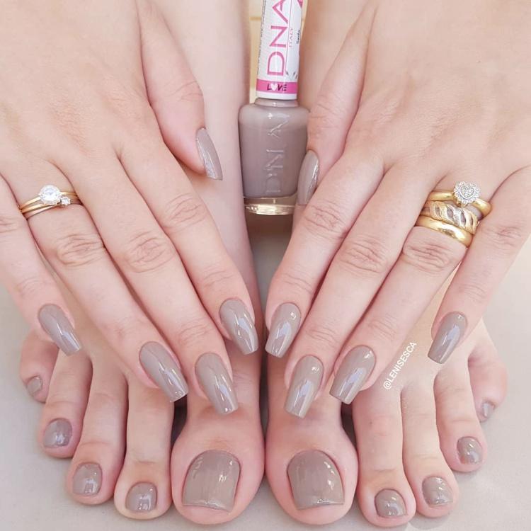 Esmaltes que as manicures brasileiras precisam ter em 2019