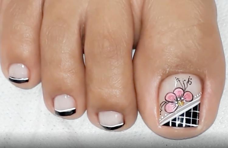 Unhas decoradas dos pés