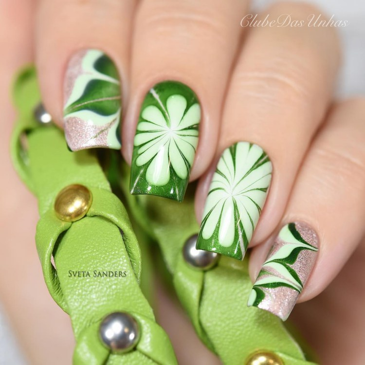 As melhores unhas marmorizadas para você fazer
