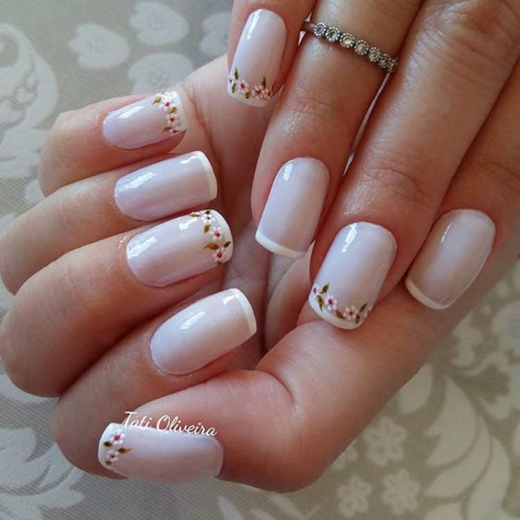 19 Modelos de unhas esmaltadas de branco