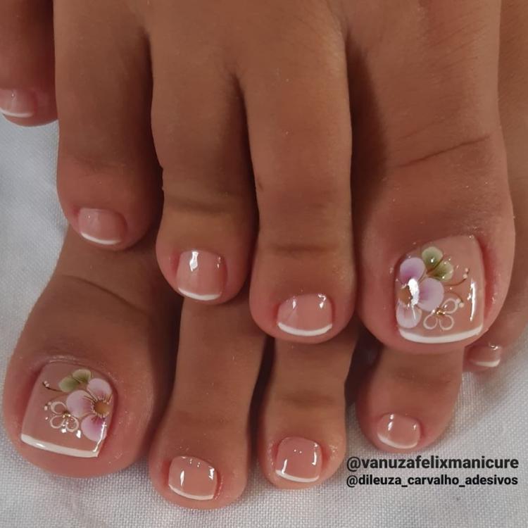 Fotos de unhas decoradas dos pés con Inglesinha para inspiração