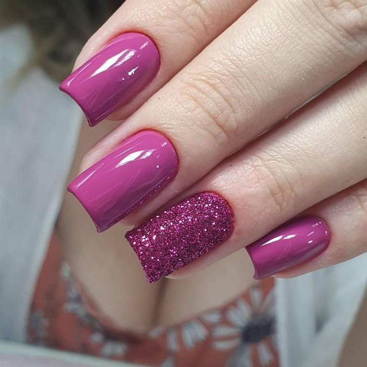 Unhas coloridas com glitter165