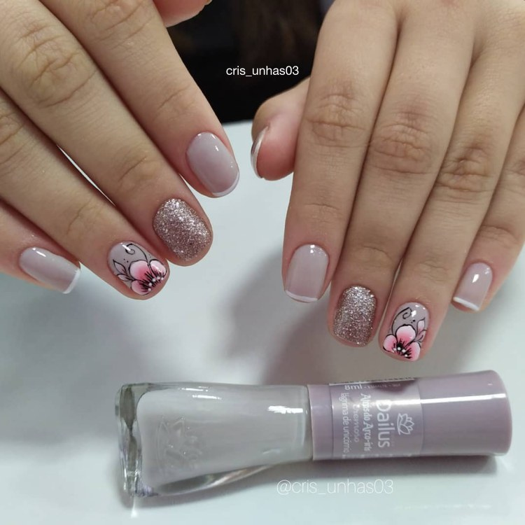18 decorações de unhas com esmalte brilhoso para você fazer